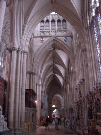 The Limes : York Minster - extremely cavenous and ornate inside