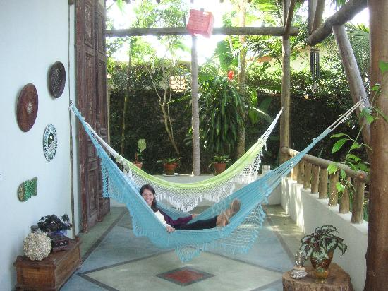 Hotel Pousada Guarana: Relax in the hammocks.