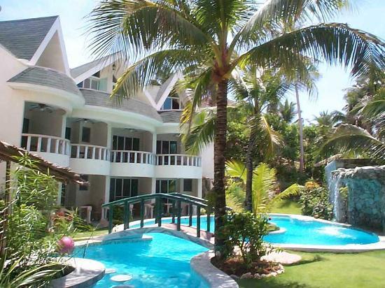 Paradise Bay Beach & Watersport Resort: Garten