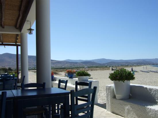Coralli Beach Apartments: Beach view from Mikri Vigla restaurant, 100 meters from Coralli.