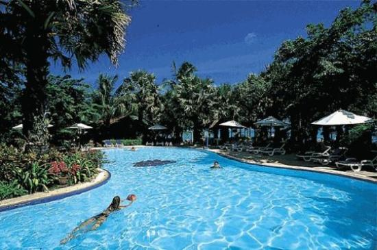 Paradise Beach Resort: Beach Pool