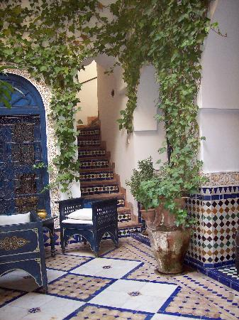 Ryad El Borj: Steps up to the terrace