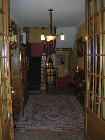 Hotel Printania: Inside the Main Building - Upstairs is Rooms; Downstairs is the Restaurant.