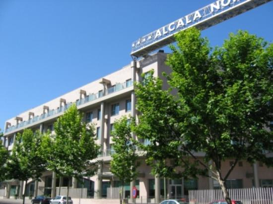 ILUNION Alcala Norte: Hotel - outside