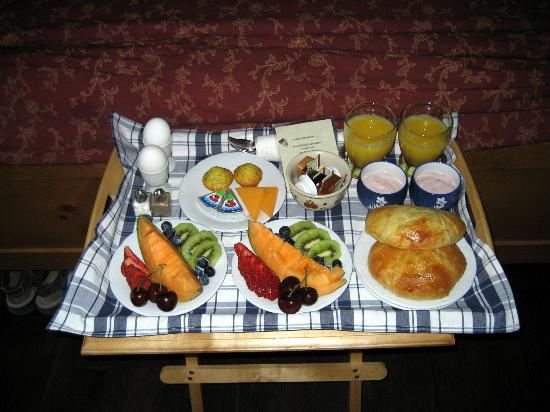 Harrison Heritage House and Cottages: Harrison Heritage B&B - breakfast