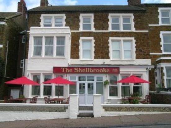 The Shellbrooke: front of hotel