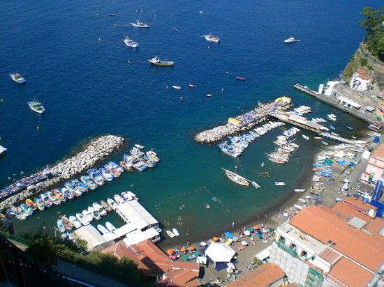 Sorrento, Italia: View of the Marina Grande from our room