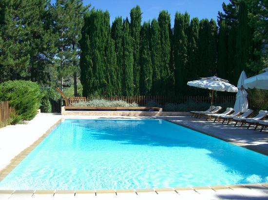 pool area - Picture of La Bastide de Moustiers, Moustiers Sainte ...