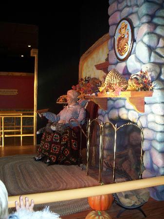 Santa Claus, IN: Turkey Shoot animatronic grandma