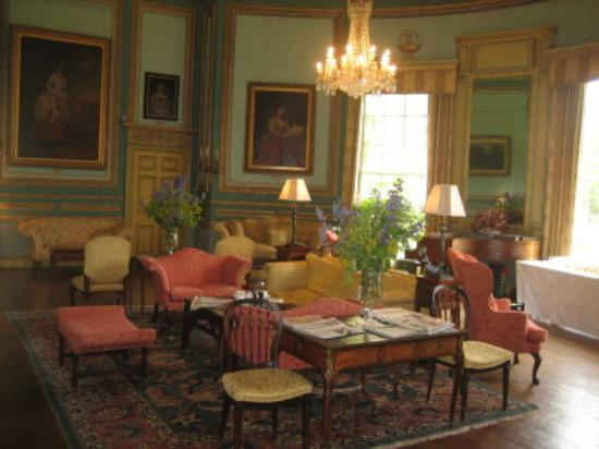 Swinton Park: The Drawing Room