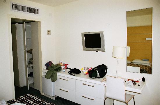 King Solomon Hotel: Bedroom