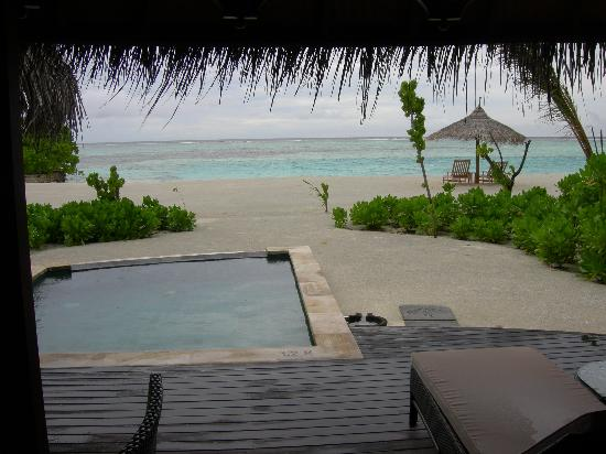 Four Seasons Resort Maldives at Kuda Huraa: Private pool out on the deck of your bunglow