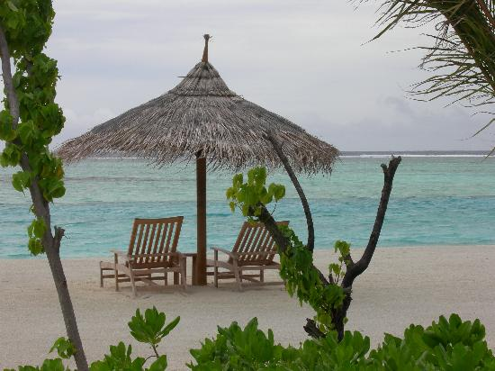 Four Seasons Resort Maldives at Kuda Huraa: View from your bunglow of the beach
