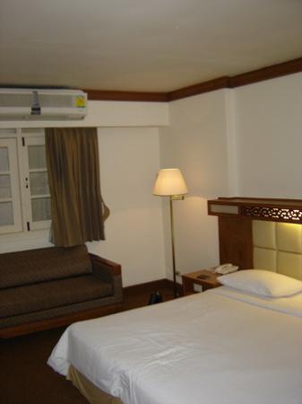 Bangkok Sahara Hotel : chambre1