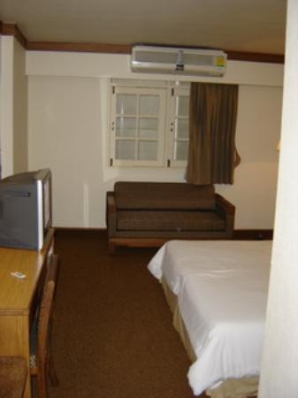 Bangkok Sahara Hotel : chambre2