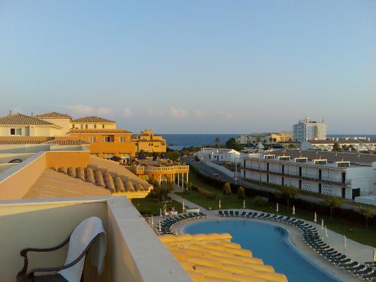 Grupotel Macarella Suites & Spa: lounge view