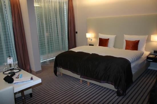 Radisson Blu Hotel Leipzig : Habitación