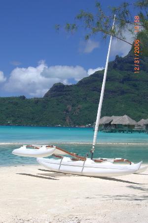 Bora Bora, Polinesia Francesa: awesome sail ride! freee