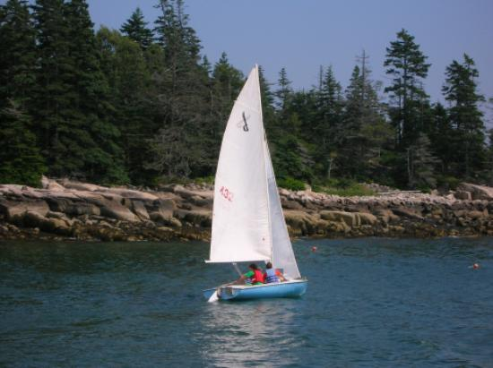 Vinalhaven, ME: A typical day sailing near Hurricane Island
