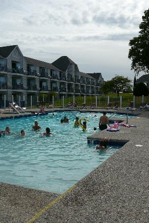 Best Western Harbour Pointe Lakefront: Outdoor Pool