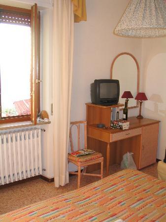 Hotel Villa Giardi: bedroom