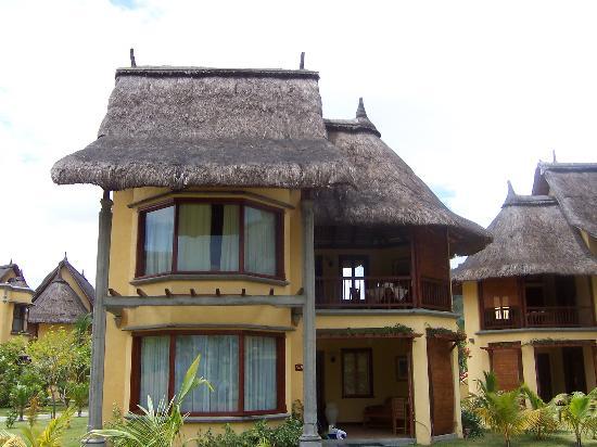 Dinarobin Beachcomber Golf Resort & Spa: one of the villas