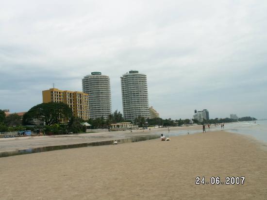 Sailom Hotel Hua Hin - Direct beach access