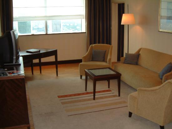 InterContinental Hotel Warsaw: comfortable sitting room
