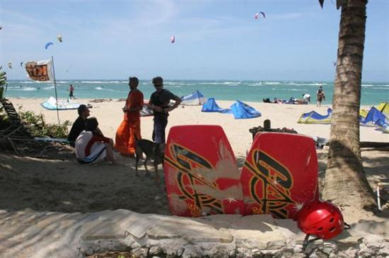 Kite Beach Hotel : The beach in front