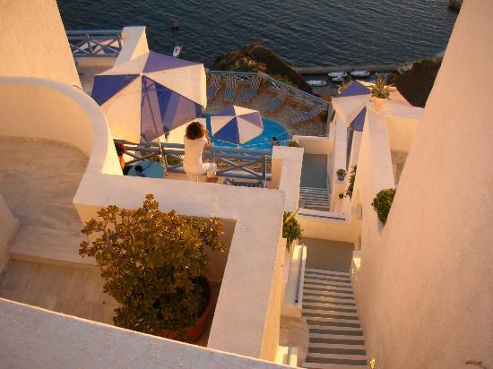 Scirocco Apartments: Blick von oben gen Pool