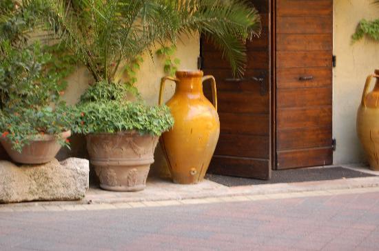 Villa Roncalli : yes, its italy