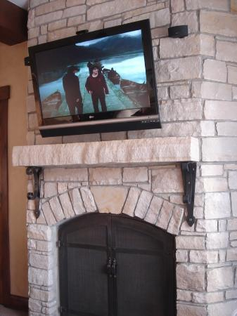 Hotel Park City, Autograph Collection: Brand new electronics and fireplace