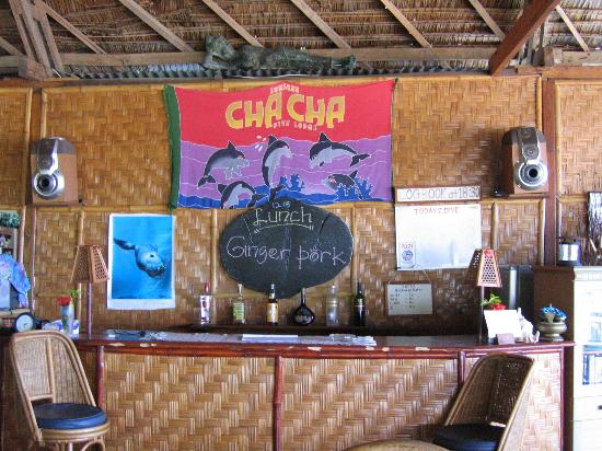 Bunaken Cha Cha Nature Resort: Bar with meal menu