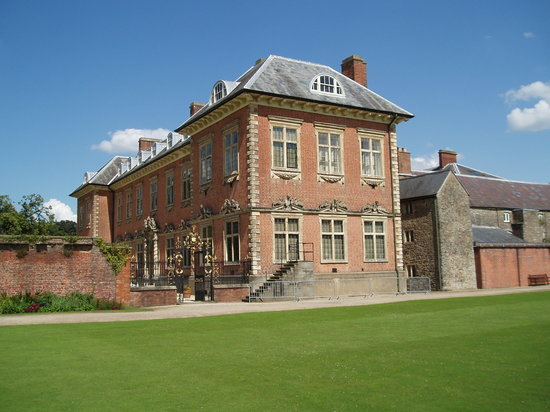 ‪‪Newport‬, UK: Newport, Tredegar House, buildings of the 17th and 15th centuries‬