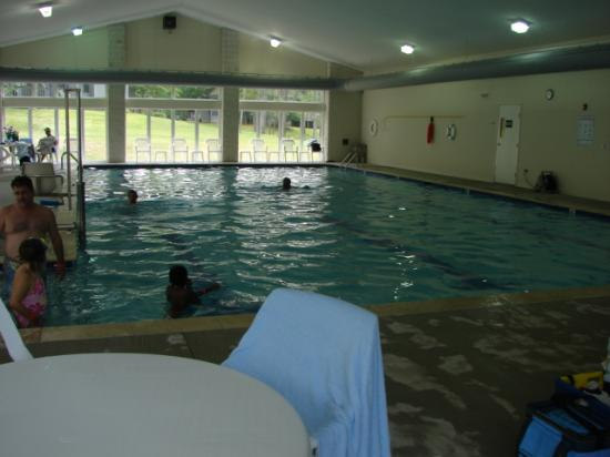 Eagle Village Resort: pool