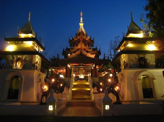 The Dhara Dhevi Chiang Mai : Spa check-in tower.