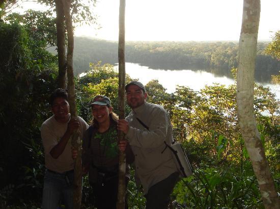 Chalalan Ecolodge: mirador de Chalalan en haut du lagon