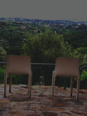 Fattoria Il Milione: View off of our Courtyard