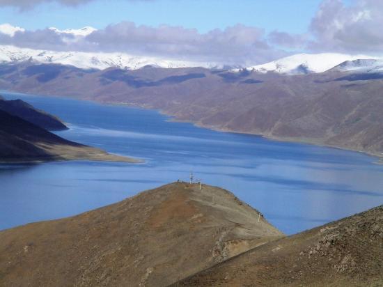 Tibet, China: Yamzho Yumco Lake (Swan Lake)