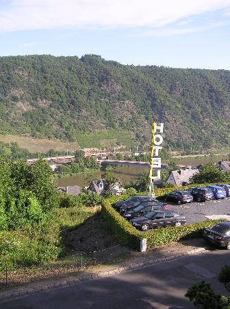 Moselromantik-Hotel THUL: View from Balcony 1