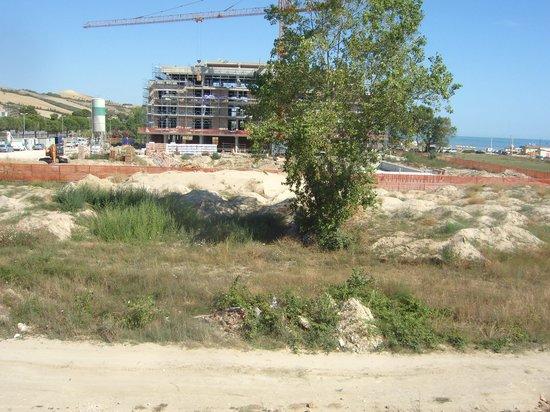Casa del Mar Residence & Beachresort: panorama dal balcone del resort 2