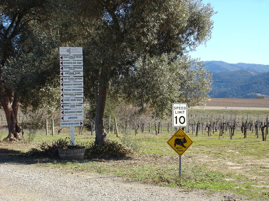 Kalyra Winery: Sign outside winery
