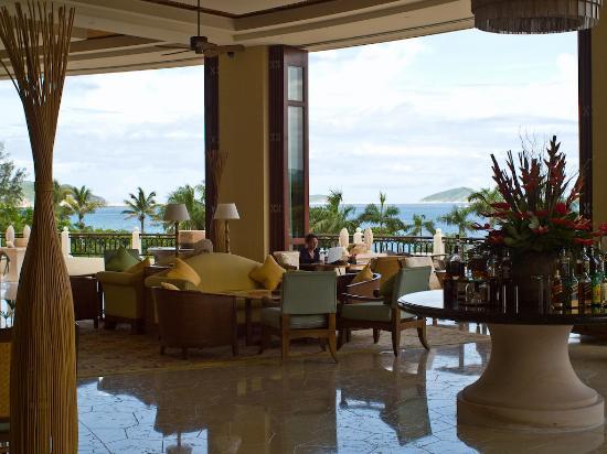 Sanya Marriott Yalong Bay Resort & Spa: Lobby lounge