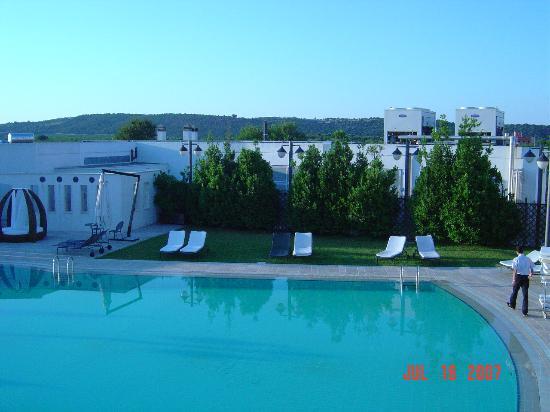 Grand Hotel La Chiusa di Chietri : Hotel pool