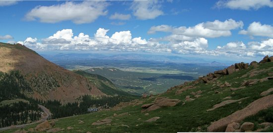Pikes Peak: WEST VIEW FROM THE W'S
