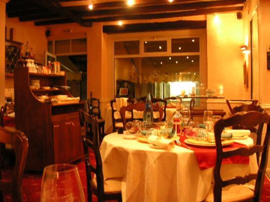 La Boule d'Or: Restaurant