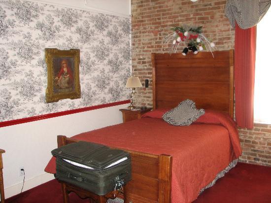 Jacksonville Inn: Guest Room #4