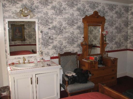 Jacksonville Inn: Room #4