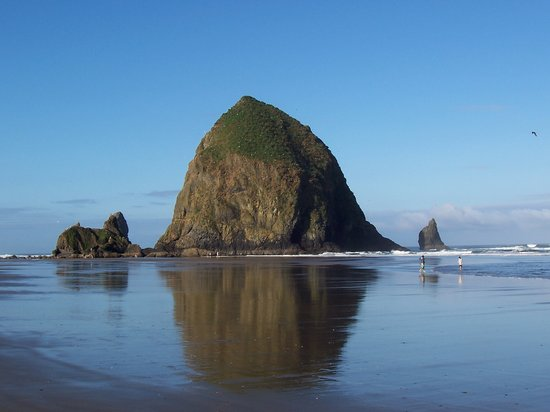 ‪‪Cannon Beach‬, ‪Oregon‬: Haystack rock‬