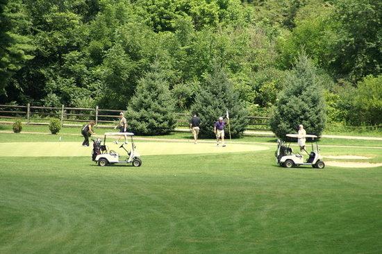 Brass Ring Golf Club : What a beautiful setting.